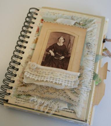 Lace Carte De Visite Journal