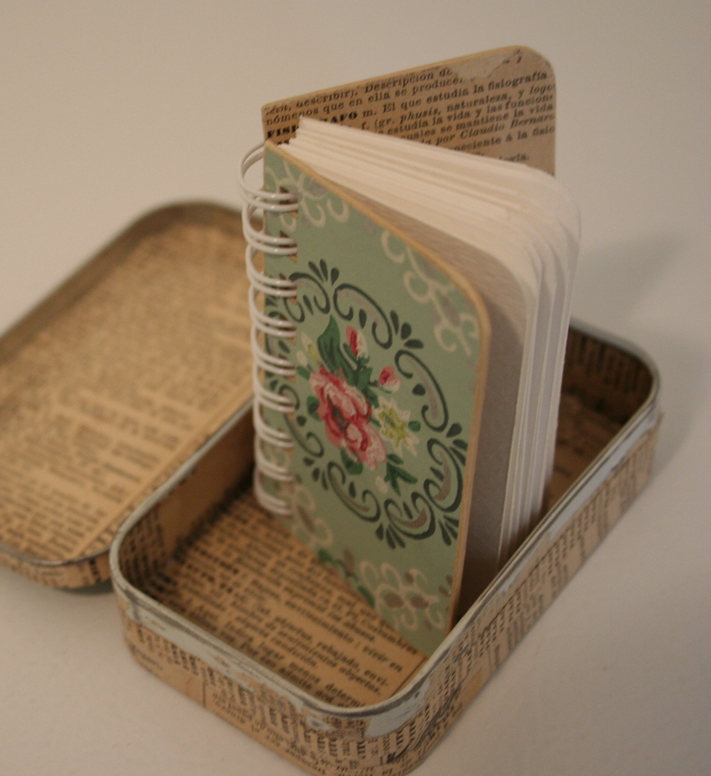 Vintage roses - curious min journal (1)