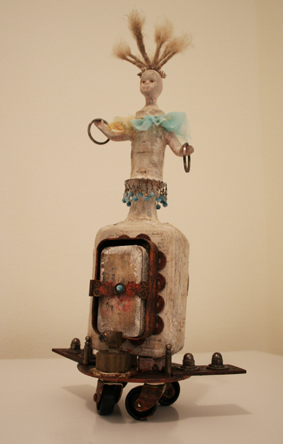 Vivienne Moreau and her High Flying Performing Book Assemblage (9)