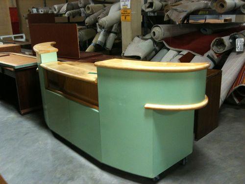 Surfboard desk (3)