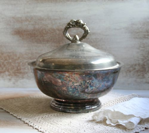 Covered bowl e