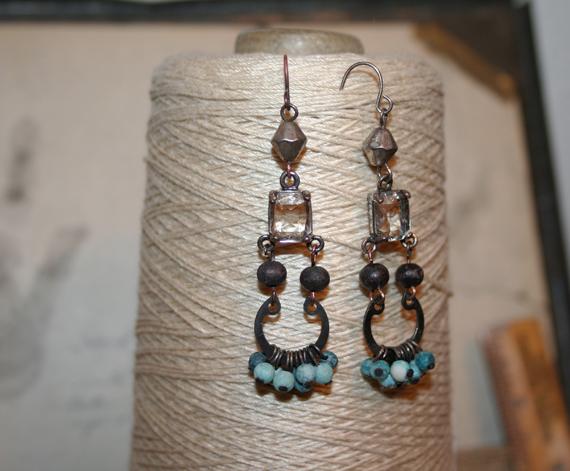 Rhinestone and blue dangle earrings d