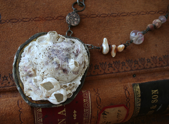 Shipwreck mermaid necklace b