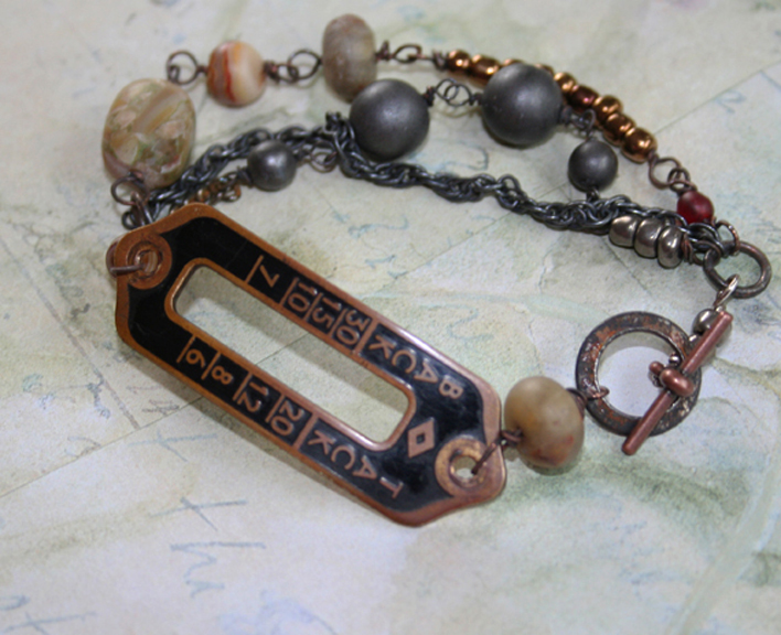 Back tack sewing club bracelet