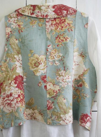 Aqua rose vest back