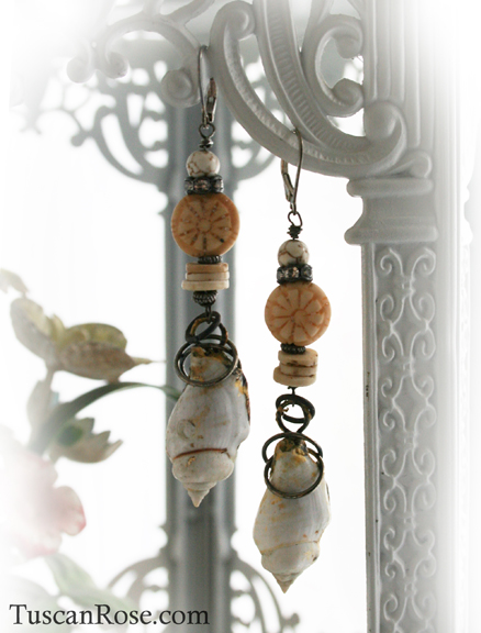 Mermaid shell earrings d