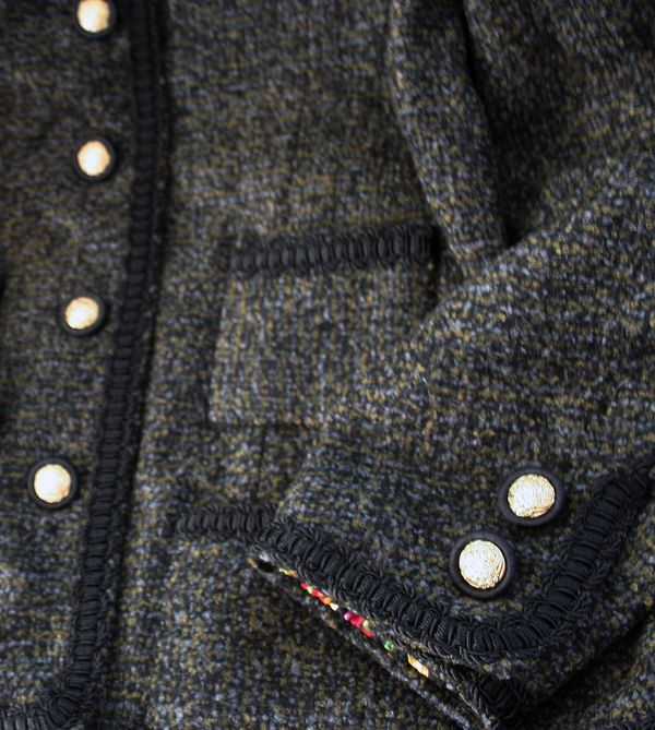 French jacket sleeve detail
