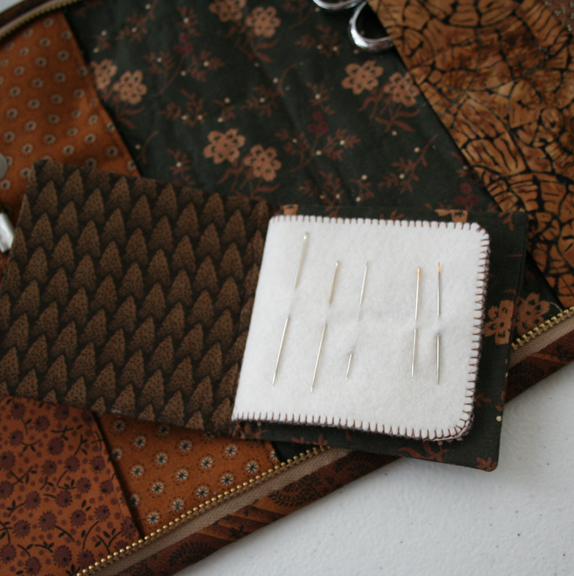 Honeycomb needle case (1)