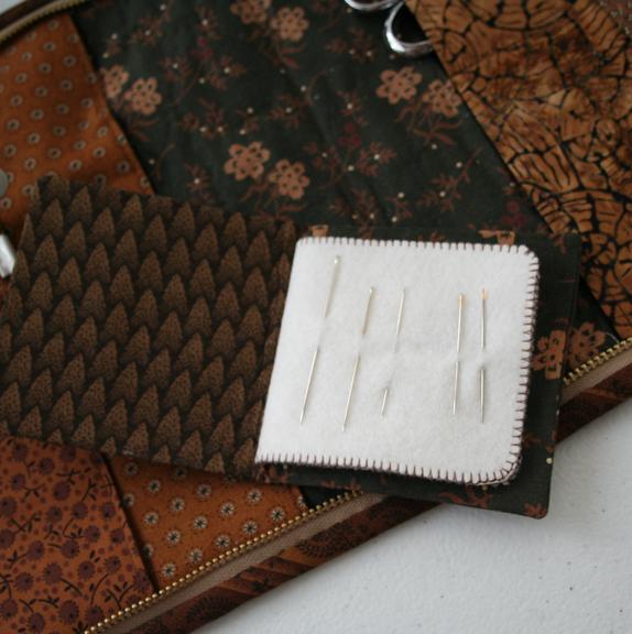 Honeycomb needle case (1)