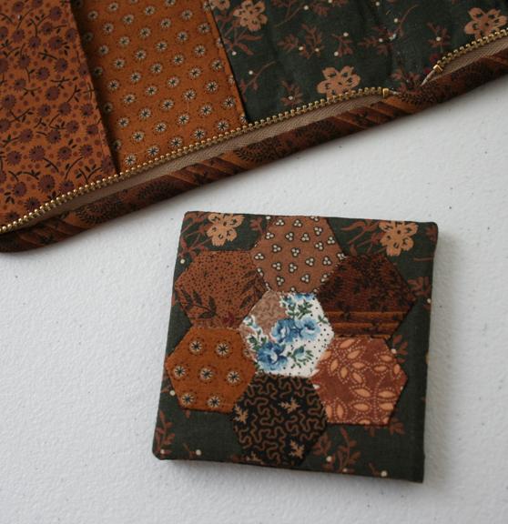 Honeycomb needle case (4)