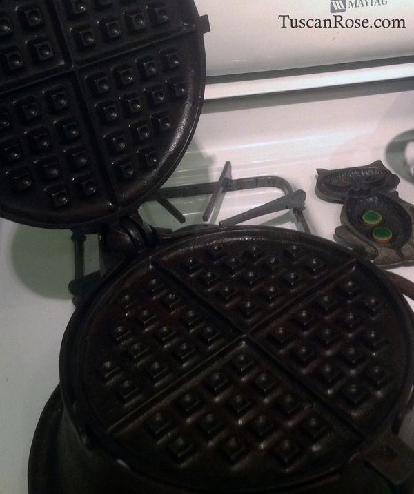 Cruso waffle iron a