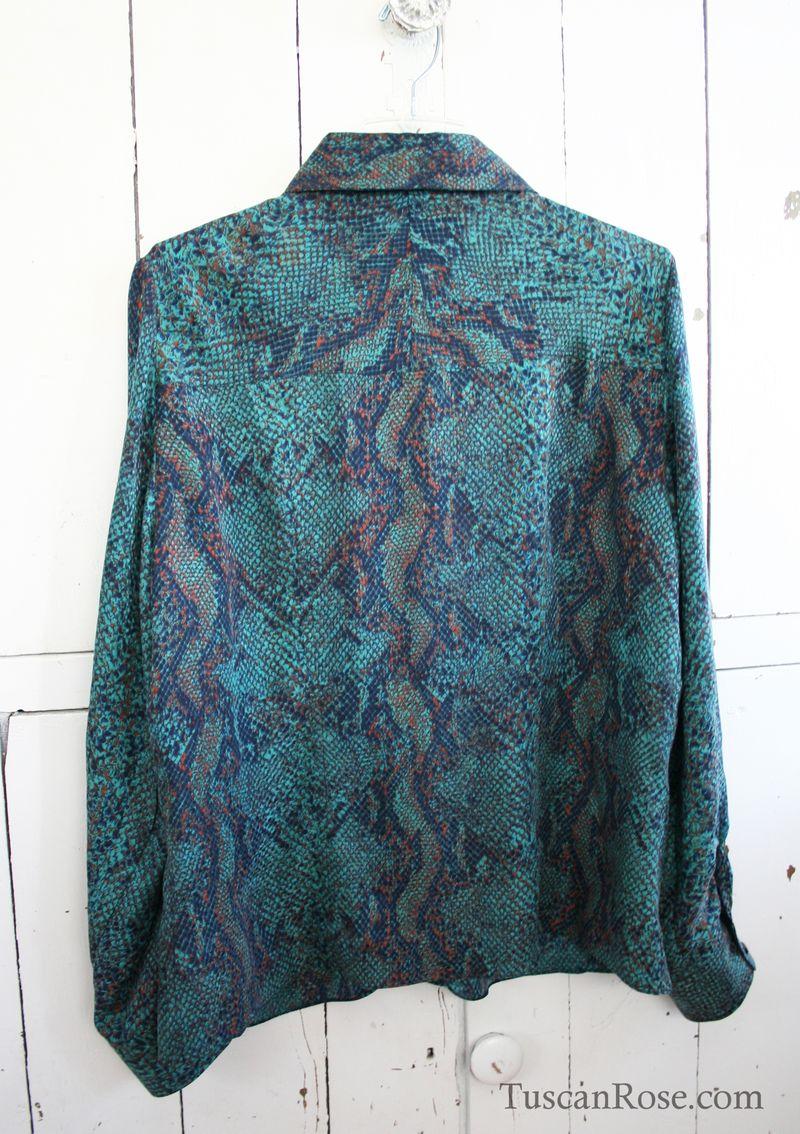 Vogue 8689 python silk blouse (1)