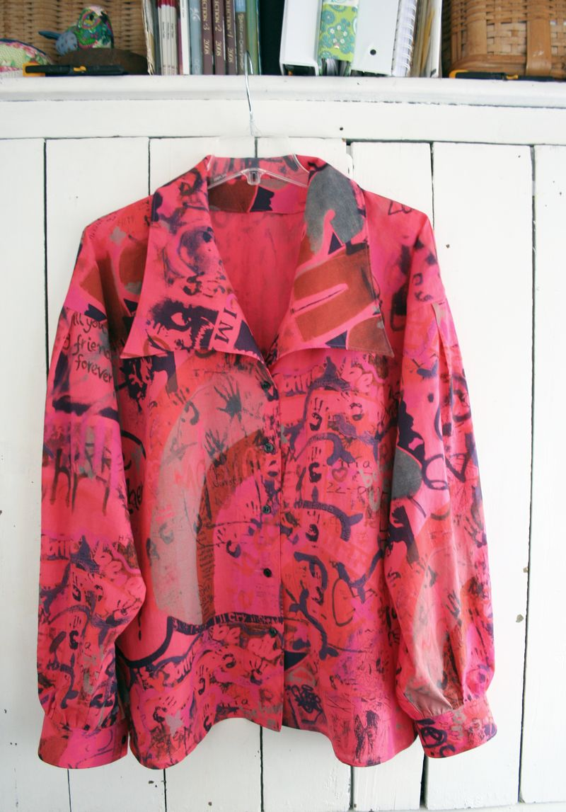 Graffiti blouse vogue 8119 imagine (2)