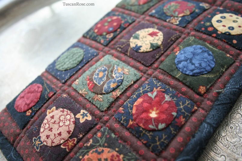 Kindle_paperwhite_quilted_case_moda_jelly_roll_kansas_troubles (2)