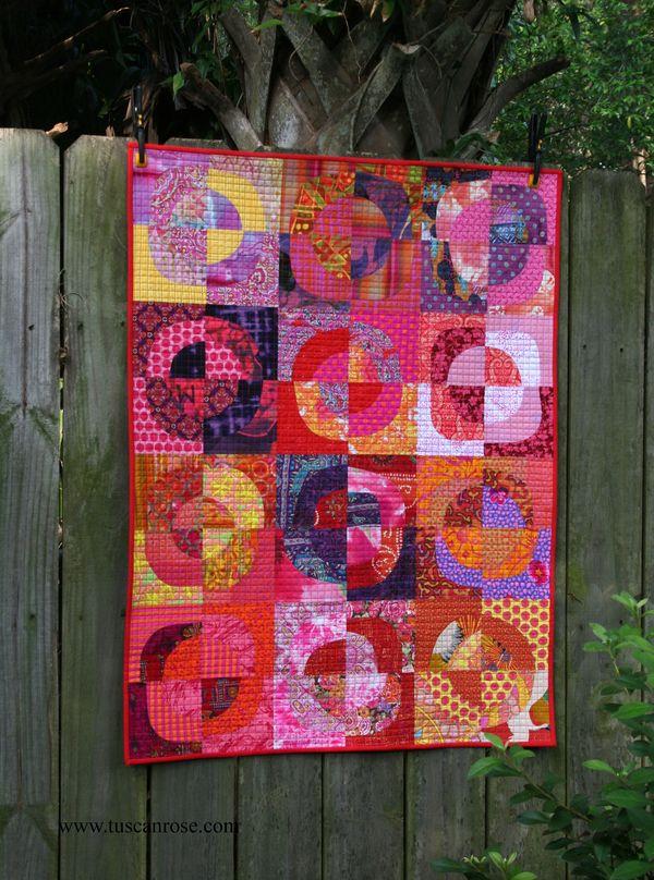 Circles 5 tuscan rose quilt