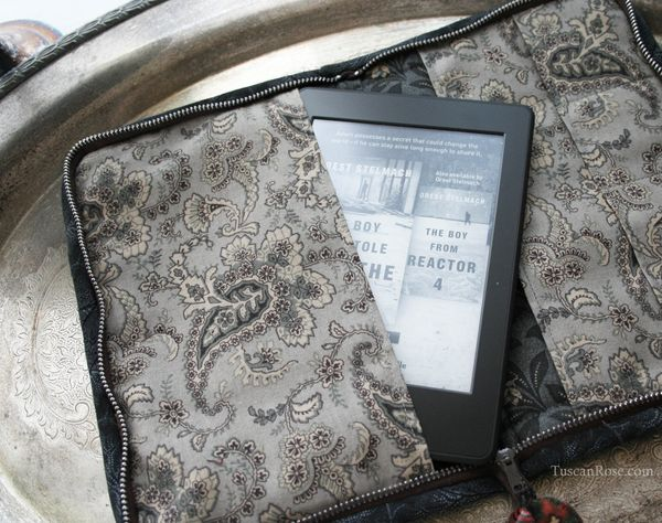 Kindle_paperwhite_quilted_case_moda_jelly_roll_kansas_troubles (5)