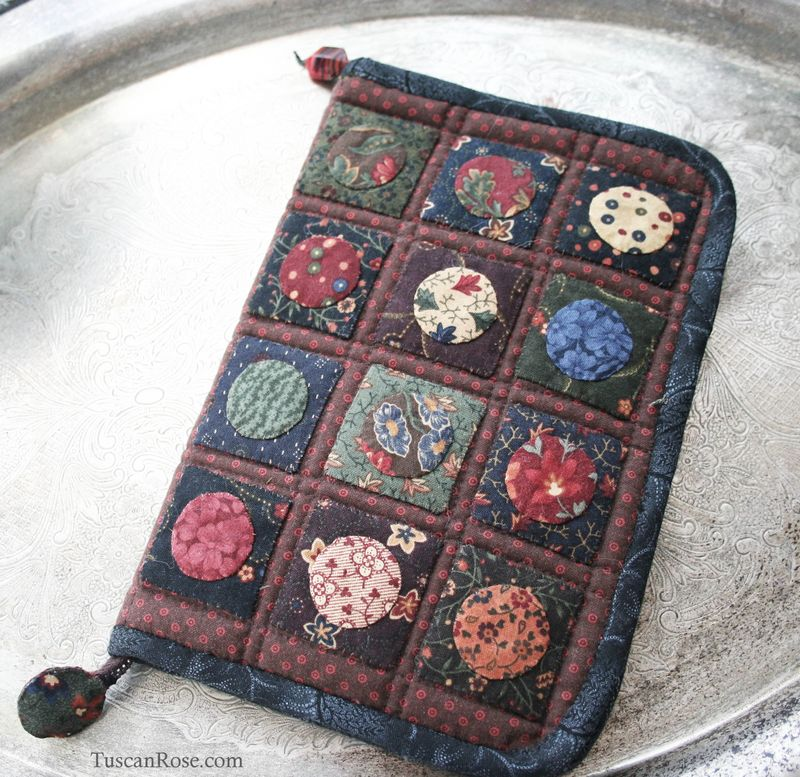 Kindle_paperwhite_quilted_case_moda_jelly_roll_kansas_troubles (1)