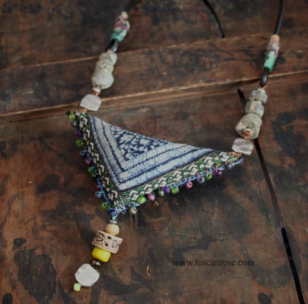 Triangle amulet 119 (2)
